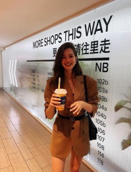 Anastasia Cebilska travelling