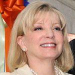 Ann Carlson Khan Wiki: Age, Relation, Net Worth and Full Bio (2021)