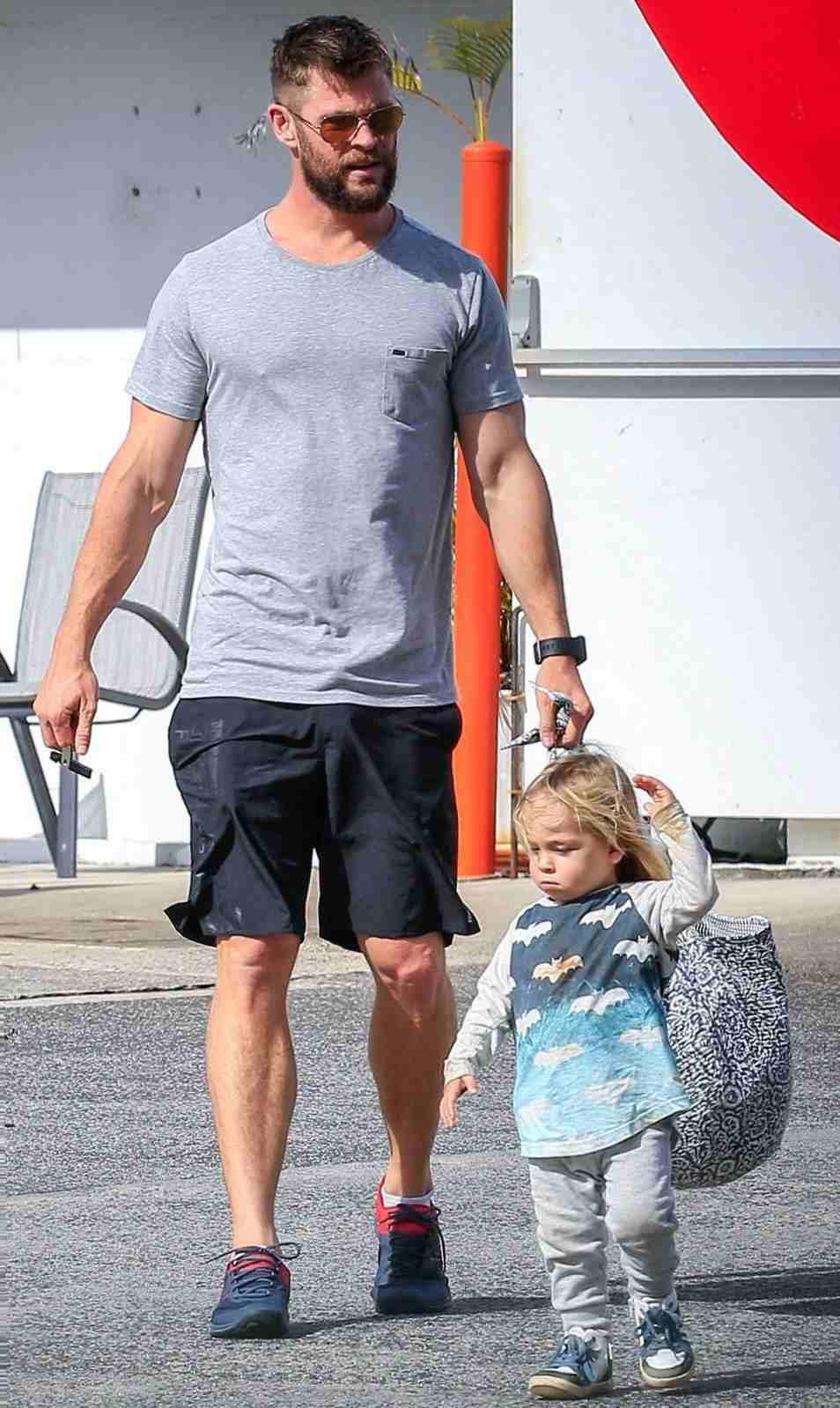 Tristan Hemsworth with his father Chris Hemsworth
